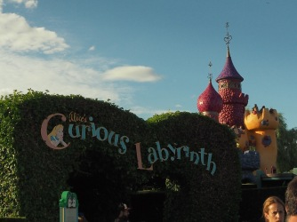 Labyrinth Alice im Wunder-Disneyland